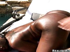 Chocolate Jada Fire with bubbly butt and clean pussy is in the mood for masturbating