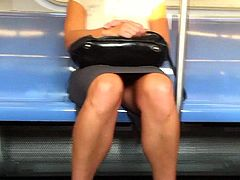 Hot Legs On The Train!