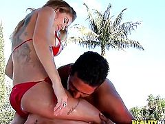 Blonde with phat bottom and shaved snatch has some dirty sex fantasies to be fulfilled in handjob action