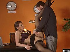 Martina Gold has been a working whore for about a year now, and shes really starting to get a hold of the job. It all comes down to the way she handles the thick erection in front of her after it stretches out her holes, and busts a nut on her face.