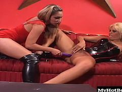 Nobody can fuck a girl harder and better than another girl. Dakota Cameron and Roxy Jezel are going to fuck like they dont like each other, slamming their hot holes hard with huge sex toys and jamming each others butts if they need to. Its like a slippery dirty contest to see who can make the other get off