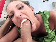Glamorous hussy Ramon Sutra puts her luscious lips on stiff tool