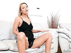 Vanessa Hell loves masturbating for you to watch and enjoy