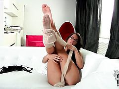 Mila L. strips down to her bare skin to masturbate naked
