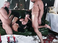 Milf with giant knockers knows no limits when it comes to asshole fucking