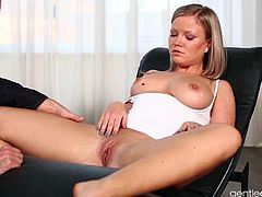 The hottest European babes are on Gentle Desire. Sunny Diamond and her sex appeal could not miss out. She rides cock in such an erotic manner.