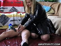 Lonna from 1fuckdatecom - Amateur housewife homemade blowjob