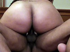 Renting a hotel room to fuck this curvy black girl