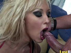 She is one hot piece of ass, and after getting naked you will not be able to leave. Jessica Lynn will get down to her knees and pleasure her lusty man with both of her mouths just for a cumshot.