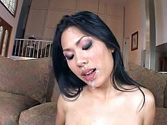 Asian hottie gets her pussy pounded
