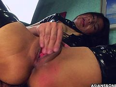 Slamming her hard and she desires to be fucked even harder as the pussy yearns for that cock deep in her vagina. The leather and the sex combine for a special scent!