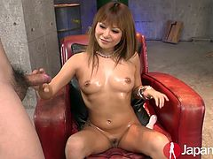 Kokoa Ayane is part of the new young Japanese generation. Her stunnign body and her cut face, make her the best Japanese teen cumming on camera.