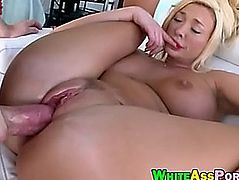 Breasty blond mother i'd like to fuck Summer Brielle cookie screwed by large cock