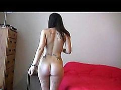 Gorgeous Emo Naked DanceHDポルノ動画