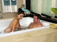 Trinity is famous for combining great things and making them better. Getting a massage and getting your dick sucked is a superb example of a combination, that makes things better. She has her client in the tub, bathing and blowing him, followed by a massage and oiled body rub.
