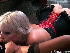 Hotties with big tits enjoy being slammed hard in a fantastic foursome action. Amazing chicks adores riding hard cocks in reverse cowgirl positions as they are all enjoying themselves to the max.