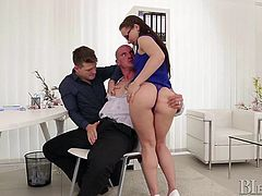 Applicant Max was just asked how he could prove he was totally flexible, so he started kissing Miky, his personal helper. He blew him as well as Wendy sucked on him, having joined in, as a result of her arousal.