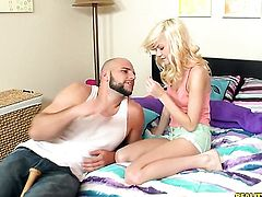 Blonde Chloe Foster puts her soft lips on guys rock solid worm