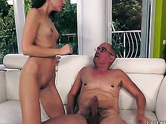 Blonde gets the mouth fuck of her dreams with hard cocked dude