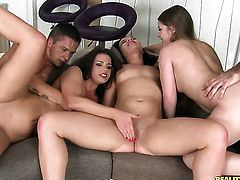 Brunette porn diva Wendy Moon and Alessandra Jane scream in lesbian ecstasy