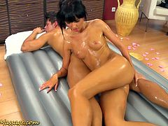 Best ever slippery massage by oiled up masseuse Gina