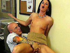 Her meds are out and she needs new ones. The doctor does not want to give her any more, but India Summer persuades him to do otherwise.