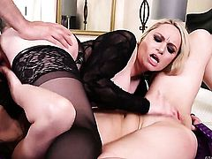 Tommy Pistol has a nice time banging glamorous Aiden Starrs mouth, Updatetube.com