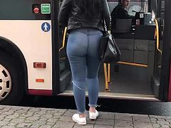Amazing tight jeans ass