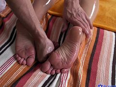 He was so turned on massaging this beautiful blonde lady, that he got a massive erection. She saw it and offered to help him relieve some tension. She wrapped her hands and lips around his big dong and waited for his sperm.