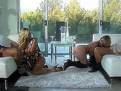 Courtney Cummz and Jessica Drake bring their dates together so they could swap them and have group sex together. We see these girls kissing before they move on to their men.