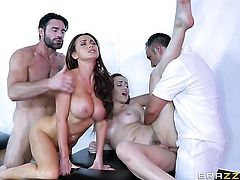 Brunette Dani Daniels with big jugs takes Keiran Lee's cum loaded sausage in her slit - BeFuck.com
