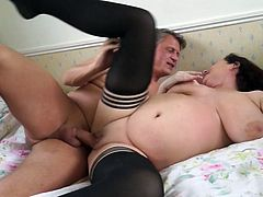 Relax and enjoy impetuous sex action with horny mature lady! Who wouldn't love to spend some time with a woman like Eva?! Just look at her extremelly huge tits and imagine having her wet pussy at your disposal, to fulfill all your desires. Only pleasure awaits you!
