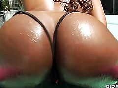 Big booty pounded ebony babe gets cunt eaten and mouth jizzed