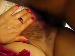 Hot Filipina Mom With Hairy Pussy Get's Fucked.MMMILF