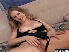 Shes a first time performer, shes got a super hairy twat her curtains match the carpet and shes got a wicked foot fetish Watch as Jenifer reveals her hairy pussy then proceeds to give a wicked foot job. But she wanted some foot action herself so she takes a few toes to the twat