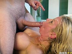 Busty MILF Alexis Fawx seduced by a hunk for a hot fuck