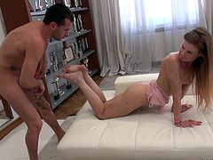 Melissa Benz amazes Rocco Siffredi with her perfect body and flexibility. She takes his huge dick up her tight asshole, performing various gymnastic stretchings. Join Rocco's Intimate Castings and have fun!