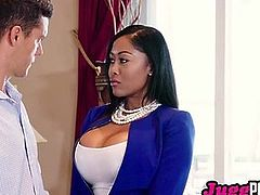 JuggPorn – Moriah Mills woks her ass hard to sell a house