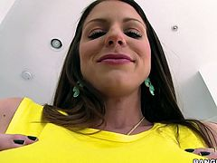 Juggy bitch with plump ass Brooklyn Chase goes wild on a hard dick and gets doggy fucked