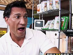 Brazzers   Baby Got Boobs   Sammie Spades Marco Banderas   Convenient Whore