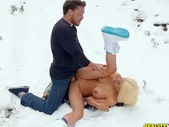 Nothing makes Luna Star happy like getting her cunt pounded outdoors