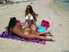Kinky dude fucks super big bottomed tanned babes by the poolside