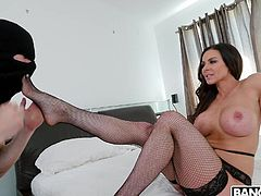 Kendra and her man like to roleplay, and it always ends up being fun. This time, he's playing the burglar in the house, finding the sexy woman in lingerie and making her go to the bedroom so he can do things to her. What he wants most right now is to get at those feet, then between her tits.