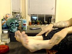 Cute Emo Chick Massages And Teases Her Feet