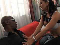 Gorgeous Latin whore Isis Love adores Sean's enormous dong