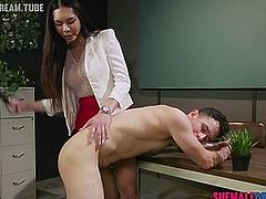 Shemale Dr Amanda Jade Cures Patient With Her Cock