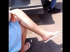 candid legs and feet sandals waiting bus 20.60.2018