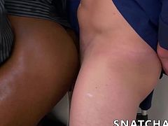 Buffed ebony stud needs to get fucked if he wants the job