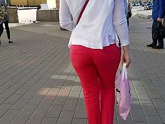 MILF's ass in red pants