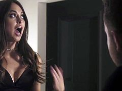 Sinfully beautiful babe Riley Reid is making love with her new boyfriend